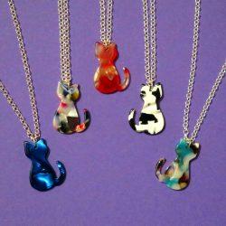 Mini-Kitty Cat Pendant Silver Necklace Resin Acrylic